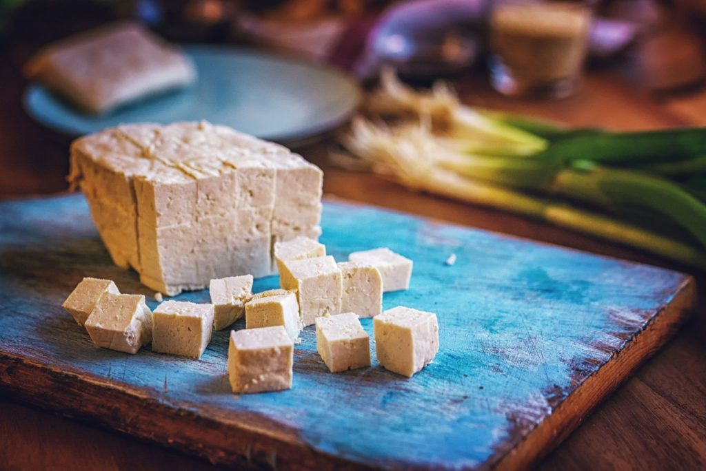 how much iron in tofu