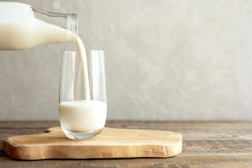 milk iron content